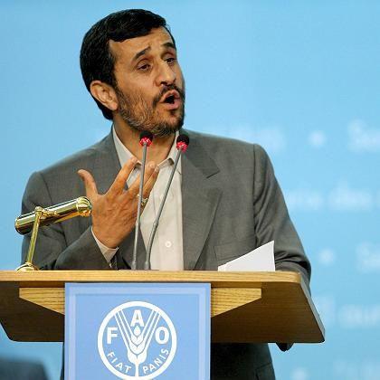 """Mahmud Ahmadinedschad in Rom: """"Ich tue mein Bestes, um ein Massaker zu vermeiden"""""""