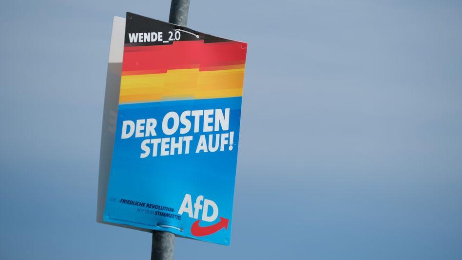 """AfD-Plakat in Brandenburg: """"Es drohen Abschwung und Strukturschwäche"""""""
