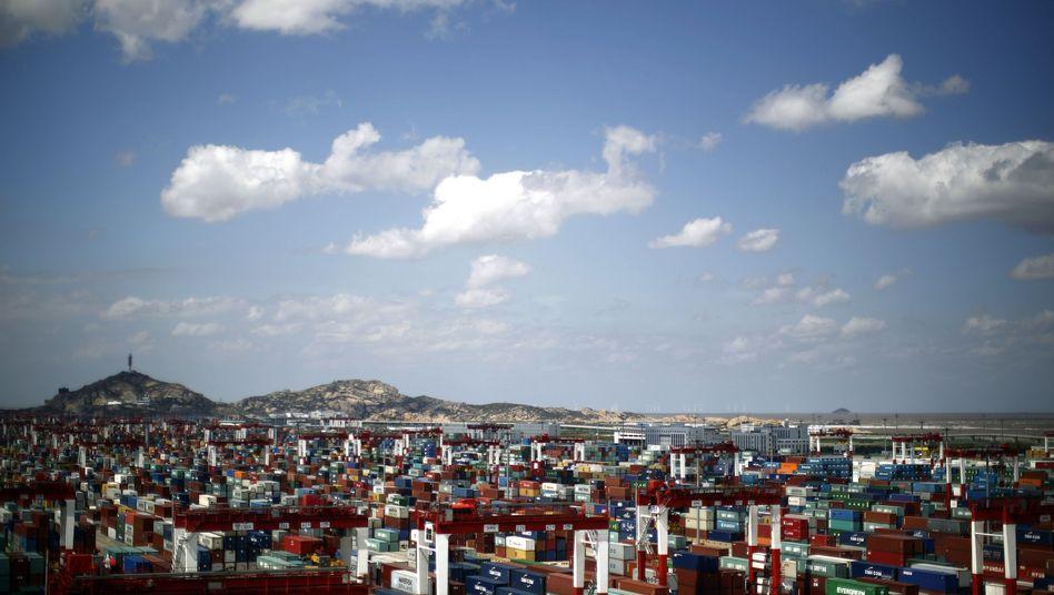 Containerhafen in China: Welthandel boomt bis 2030