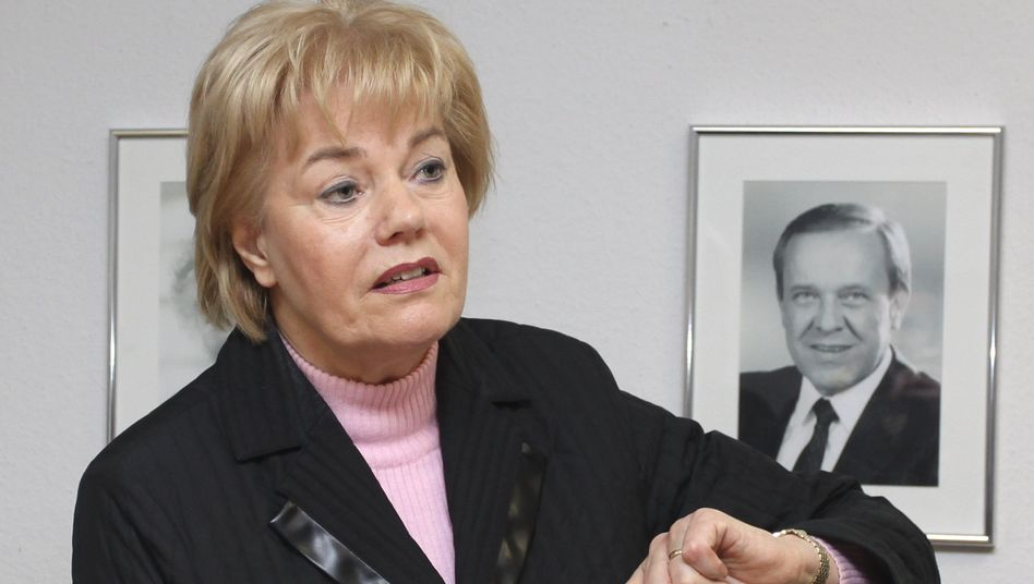 """Vertriebenenpräsidentin Steinbach: """"Honoriger Vorschlag"""""""