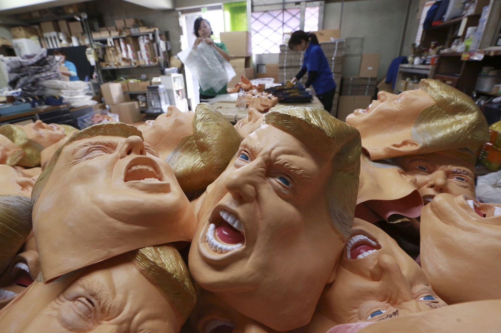 Japan Trump Masks