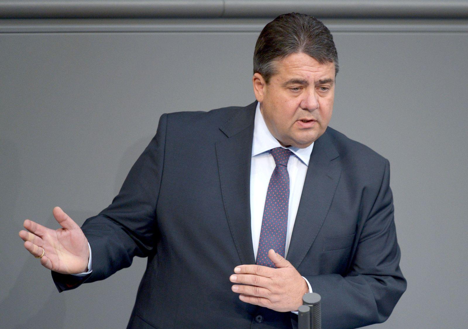 Bundestag - Debatte Freihandelsabkommen Sigmar Gabriel