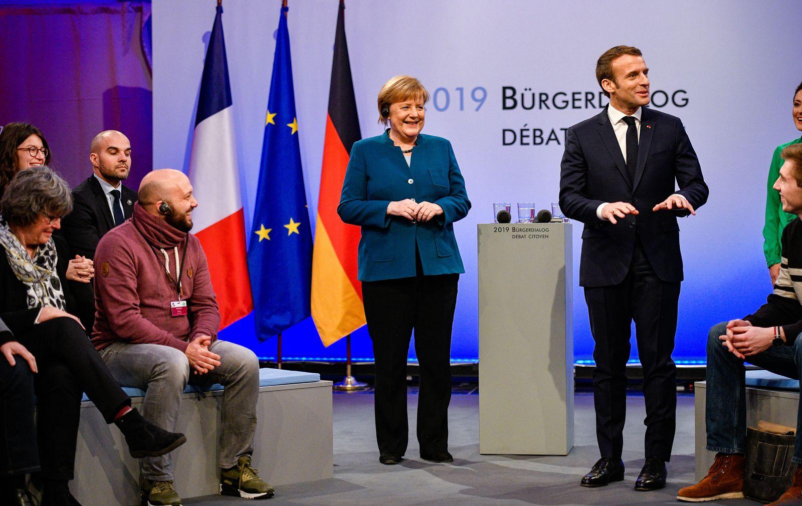 Merkel Macron Aachen