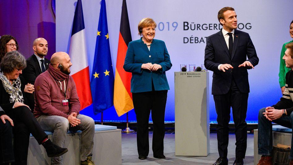 Angela Merkel und Emmanuel Macron im Bürgerdialog