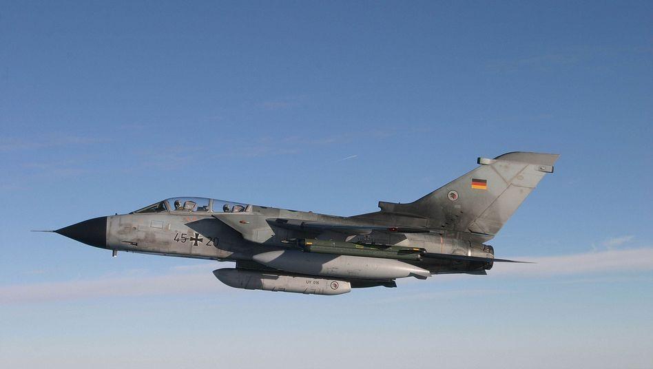 """Bundeswehr-""""Tornado"""": Der Bundestag soll rasch über den Anti-IS-Einsatz entscheiden"""