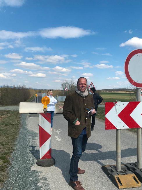 Österreich-Korrespondent Walter Mayr an der Grenze zu Ungarn