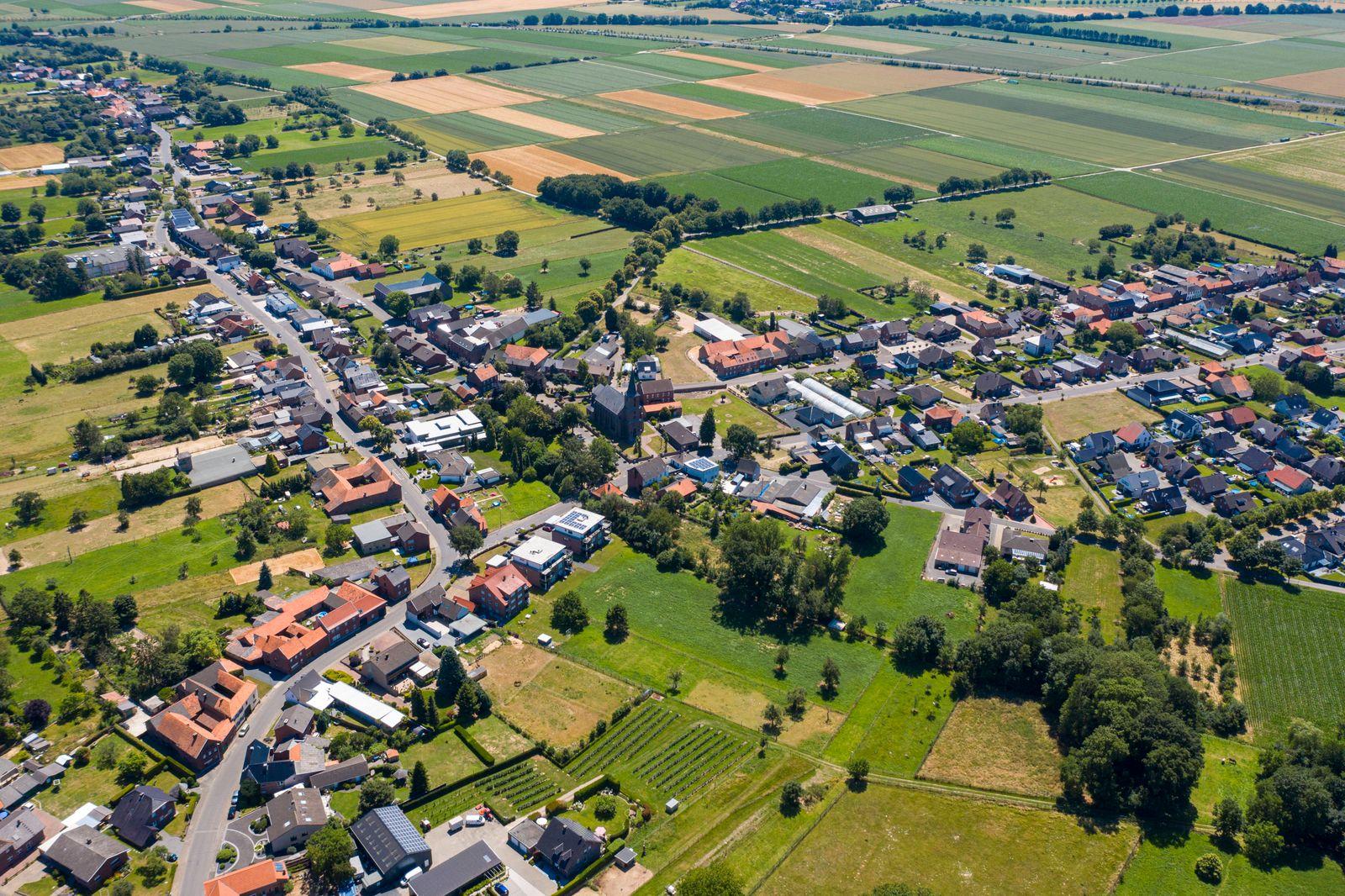 25.06.2020 , Kreis Heinsberg , Gemeinde Gangelt , 4 Monate nach dem Ausbruch des Coronavirus in NRW. Luftbild Gangelt La