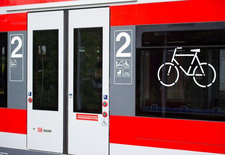 Fahrradabteil im Regionalzug: Keine Reservierung möglich