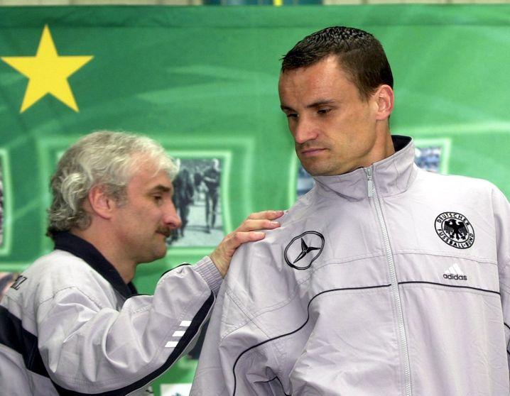 Martin Max (r.) und der damalige Bundestrainer Rudi Völler