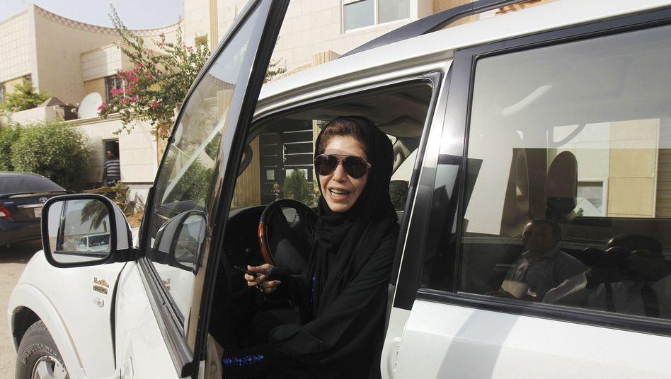 Azza al-Shmasani hinterm Steuer: Riskantes Vergnügen in Riad
