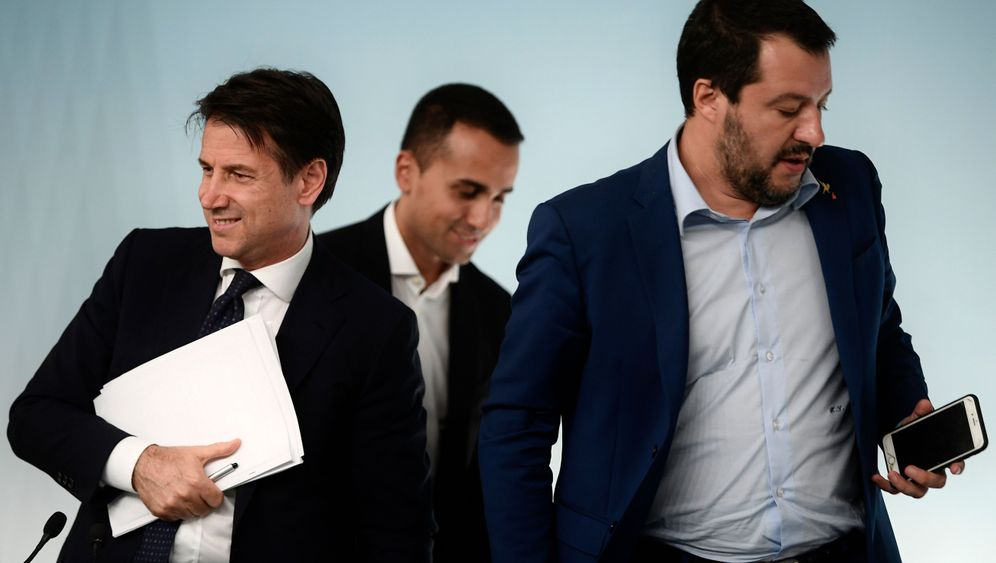 Euro Crisis: Italy's Budget Sets Stage for Showdown