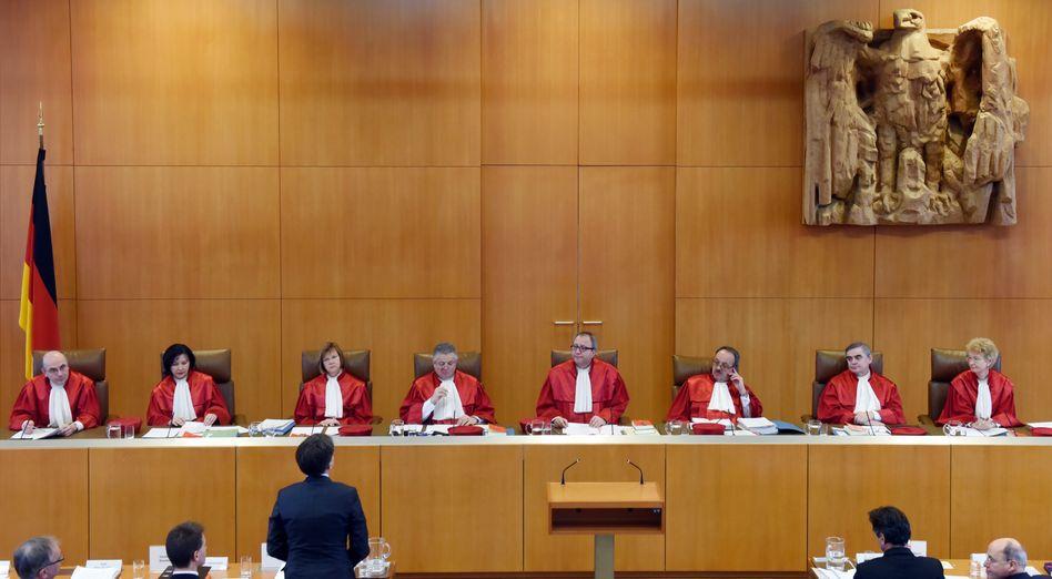 Verfassungsrichter in Karlsruhe: Endspiel oder Freundschaftsspiel?