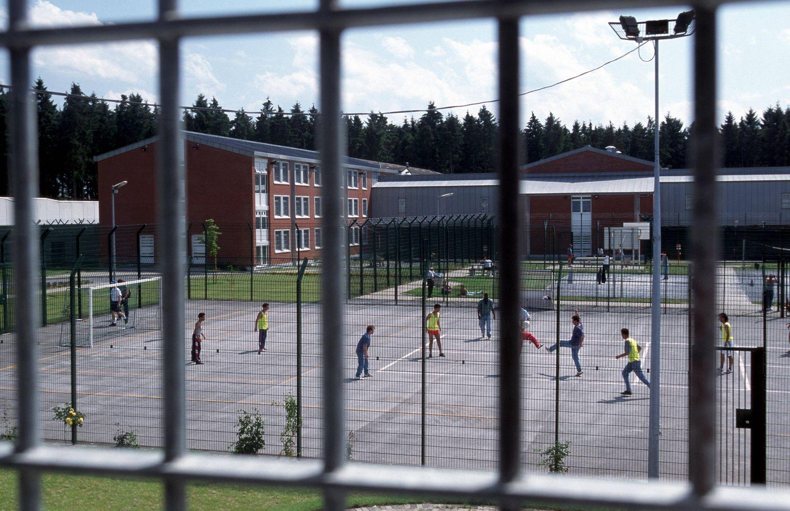 25 09 2002 Bueren Nordrhein Westfalen DEU Justizvollzugsanstalt In der JVA Bueren einem Absc