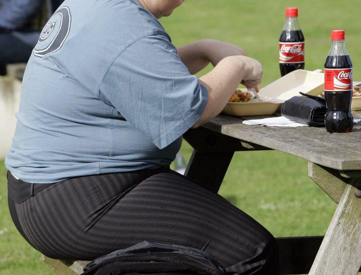 Ungesunde Ernährung: Untrainierte Menschen haben höheres Diabetes-Risiko