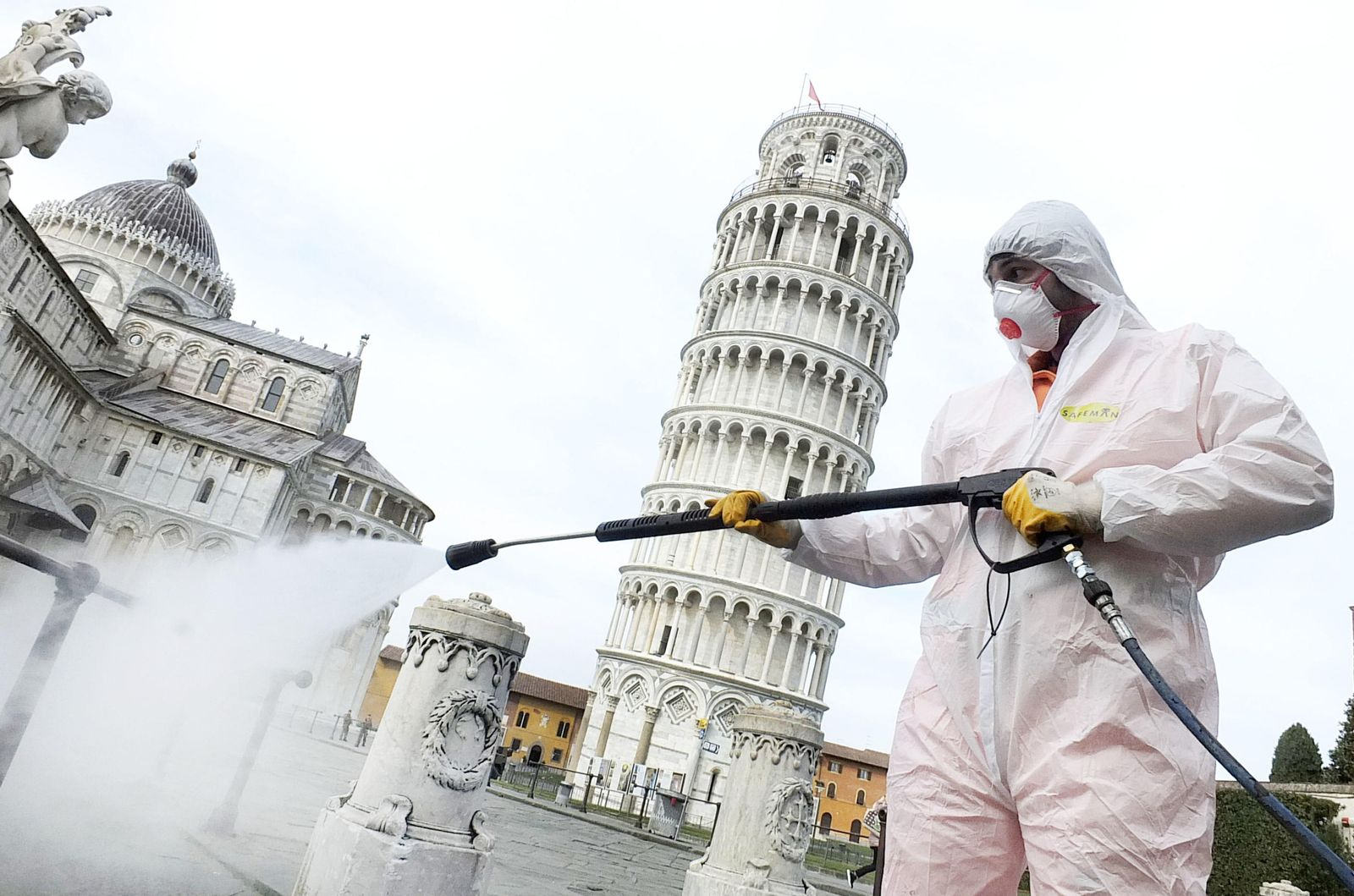 Italy under lockdown over coronavirus, Pisa - 17 Mar 2020