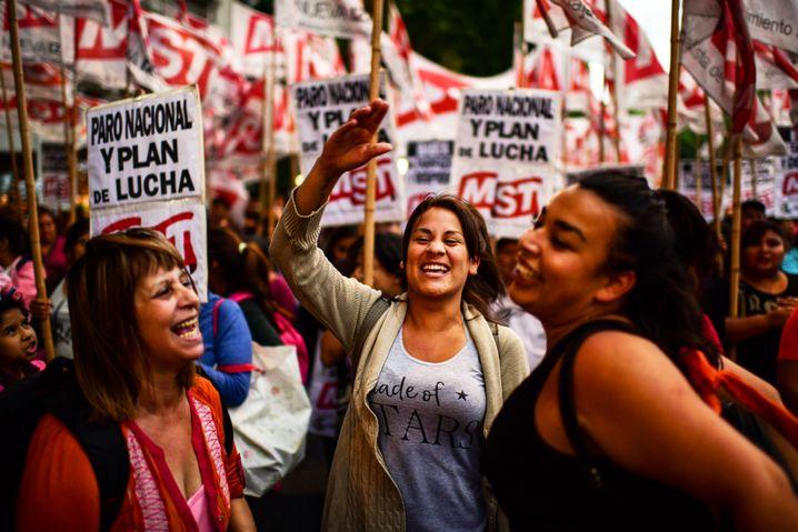 Demonstration in Buenos Aires gegen Macris Politik zu Beginn des Jahres