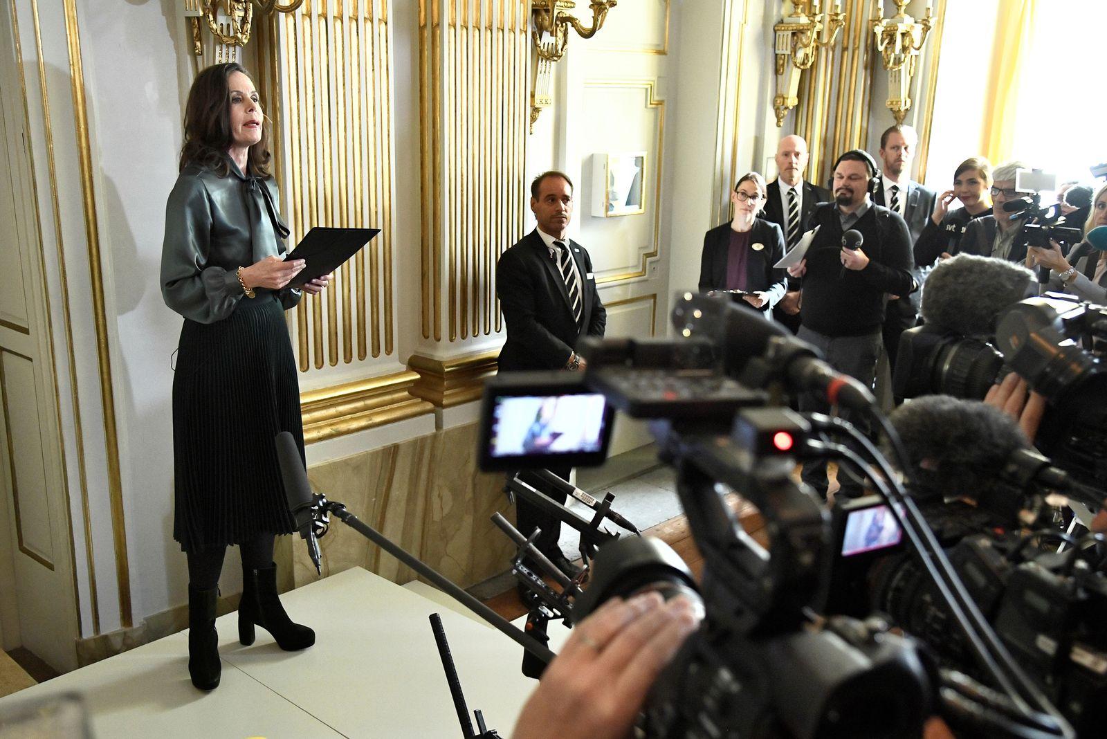 EINMALIGE VERWENDUNG Schwedische Akademie/ Nobelpreis/ Verkündung/ Sara Danius