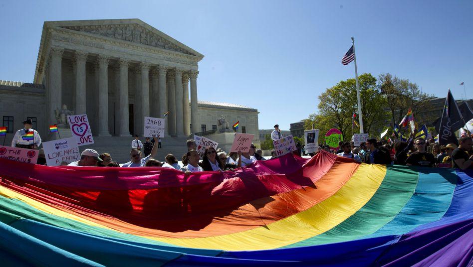 Demo vor dem Supreme Court (Archiv): Historisches Urteil