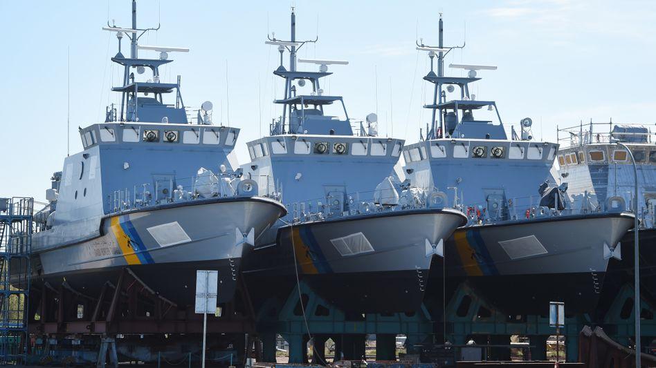 Patrouillenboote für Saudi-Arabien in der Werft: Wegen des Rüstungsexportstopps dürfen sie derzeit nicht ausgeliefert werden