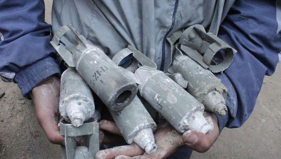 Sprengkörper aus Streubombe (bei Aleppo): Vorwürfe gegen Assad-Regime