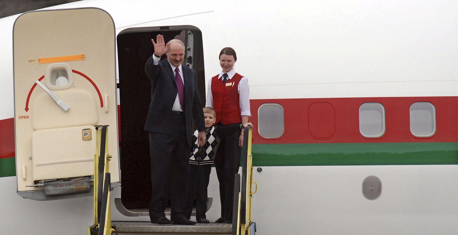 Lukaschenko/ Flugzeug