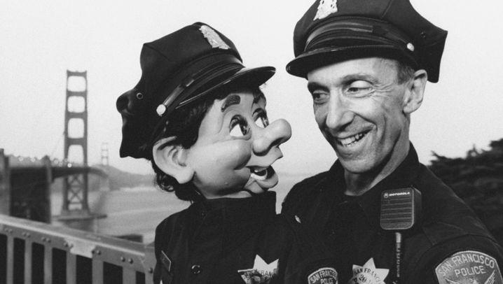 ½, zwei, Polizei - Bob Geary und seine Bauchrednerpuppe