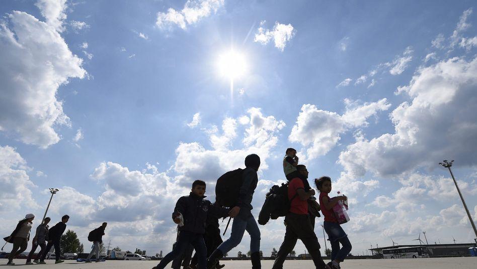 """Flüchtlinge (an der österreichisch-ungarischen Grenze): """"Goldene Möglichkeit"""""""