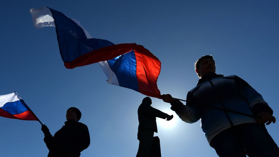 Krim-Krise: EU und USAbeschließen Sanktionen gegen Russland