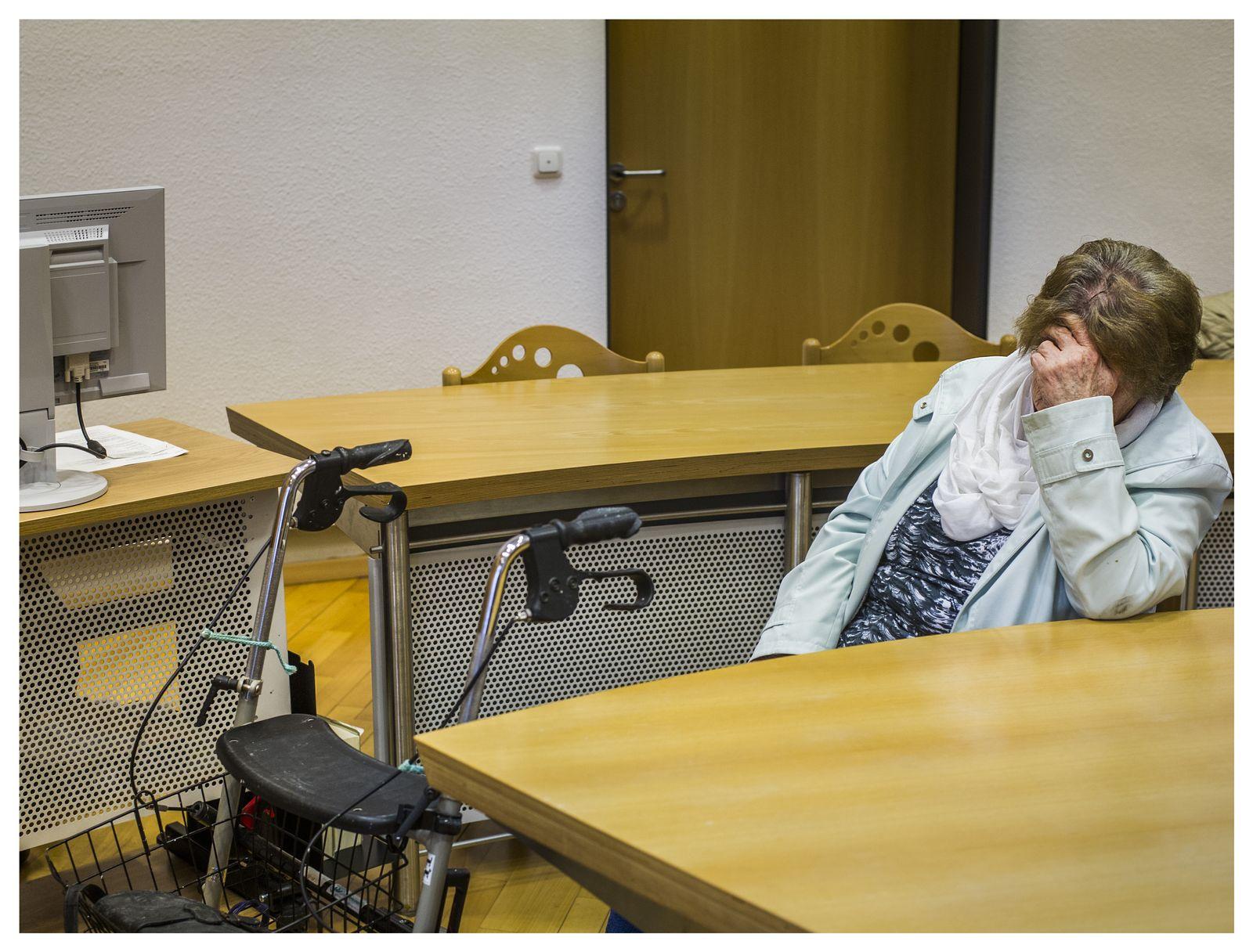 EINMALIGE VERWENDUNG Prozess/ Marie Luise Christina Stoeppler/ Amtsgericht Alsfeld