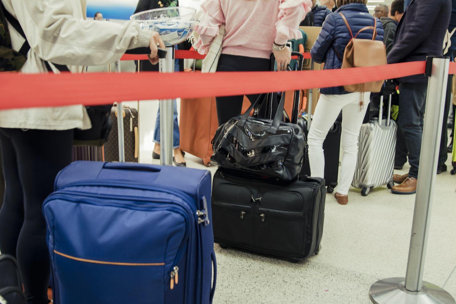 EINMALIGE VERWENDUNG Check-in/ Flughafen