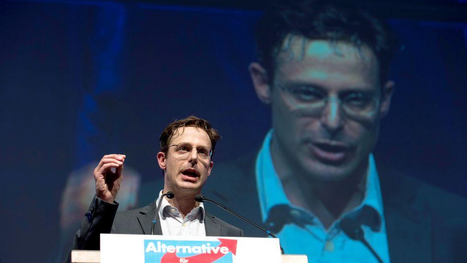 AfD-NRW-Landeschef Pretzell: Auf Facebook die Lebensgefährtin Petry verteidigt