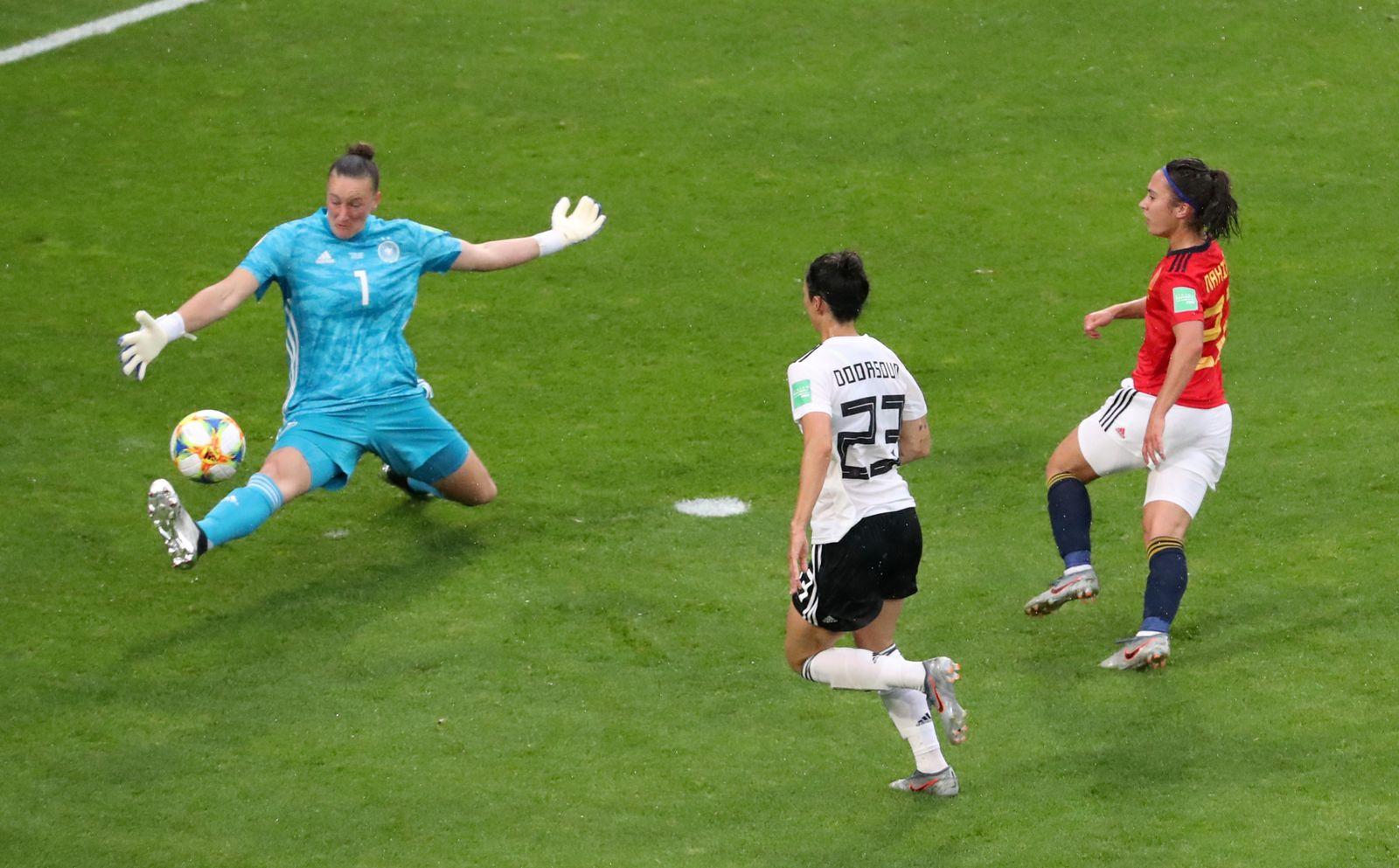 SOCCER-WORLDCUP-GER-ESP/
