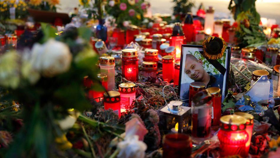 Trauerbekundungen am Tatort in Chemnitz