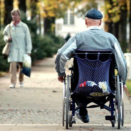 """Querschnittsgelähmter Rollstuhlfahrer: """"Es geht nicht darum, dass wir jemanden von heute auf morgen wieder zum Gehen und Tanzen bekommen möchten"""""""