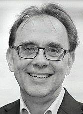 """Michael Kerres, 60, leitet das """"Learning Lab"""" an der Universität Duisburg-Essen. Der Mediendidaktiker fordert pragmatische Lösungen für den Schulunterricht in Corona-Zeiten."""