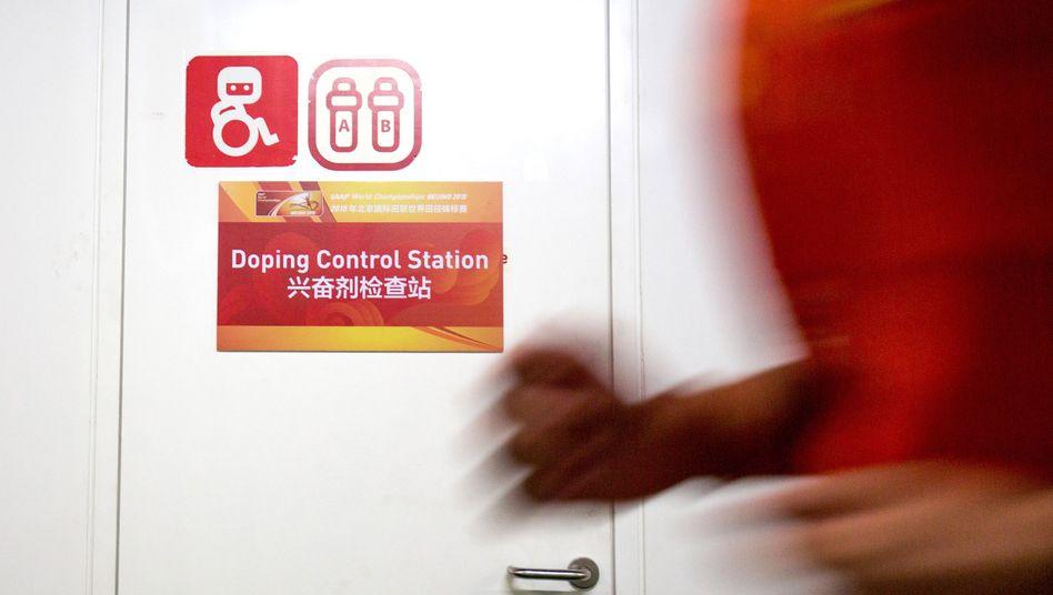 Dopingkontrolle bei WM in Peking: Experten kritisieren Vorgehen des Verbands