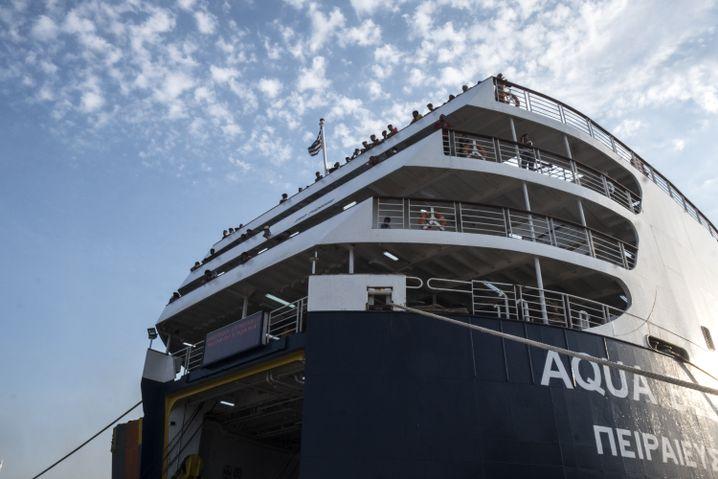 """Ziel der Träume: Die """"Aqua Blue"""" fährt zum Festland"""