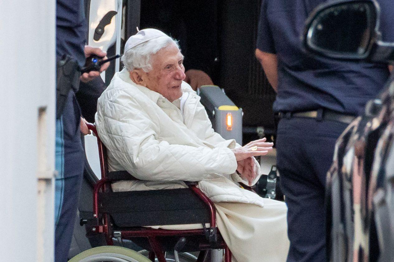 Benedikt XVI. besucht kranken Bruder