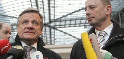 Bahn-Chef Mehdorn, Minister Tiefensee (2007): Üppiges Gehaltsplus