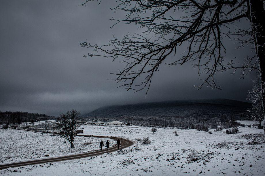 Many migrants have gotten stuck at the border between Bosnia-Herzegovina and Croatia.