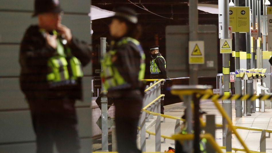 Polizeibeamte am Tatort in Manchester