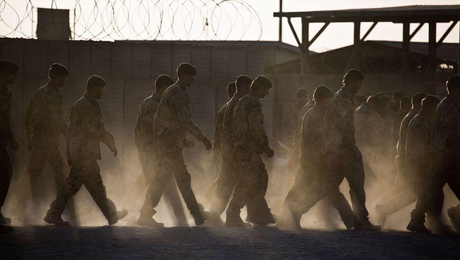 Soldaten in Kundus (Archiv): Ende des Einsatzes derzeit nicht absehbar