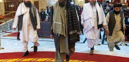 Taliban in Afghanistan: Gerüchte über tödlichen Machtkampf in neuer Regierung