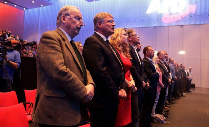 Europa-Wahlkampf der AfD in Offenburg: Gauland, Meuthen und Reil (vierter von Links)