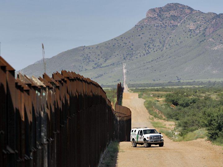 Auf vielen Kilometern besteht zwischen Mexiko und den USA bereits heute eine Mauer