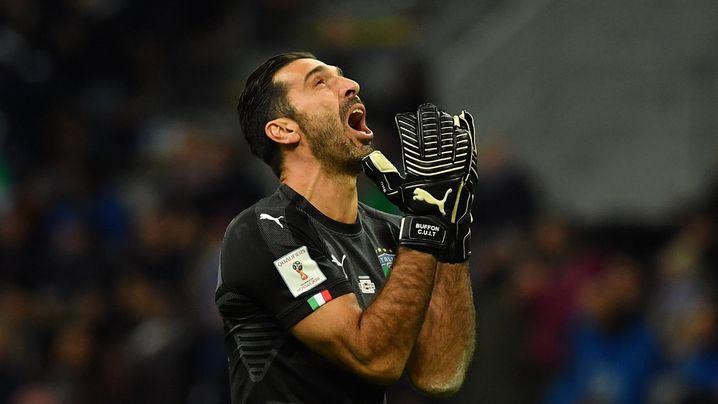 """WM-Aus: Italiens """"unerträgliche Fußball-Schande"""" in Bildern"""