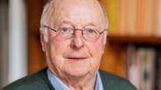 Norbert Blüm telefoniert mit Weggefährten aus fast 50 Jahren Politik (2015)