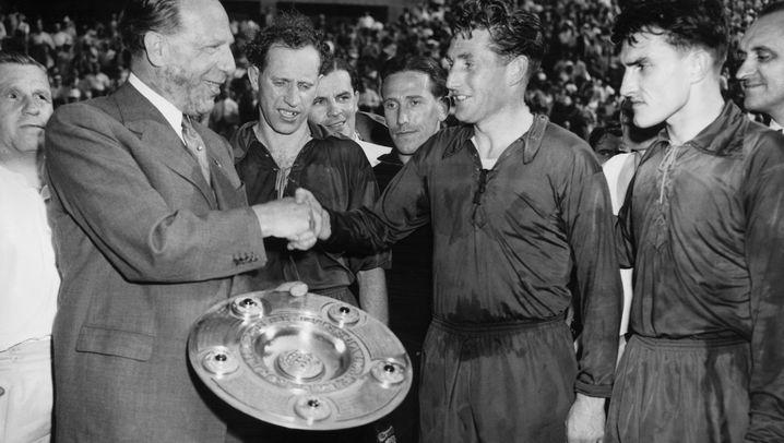 DFB-Präsidenten ab 1945: Von Bauwens bis Niersbach