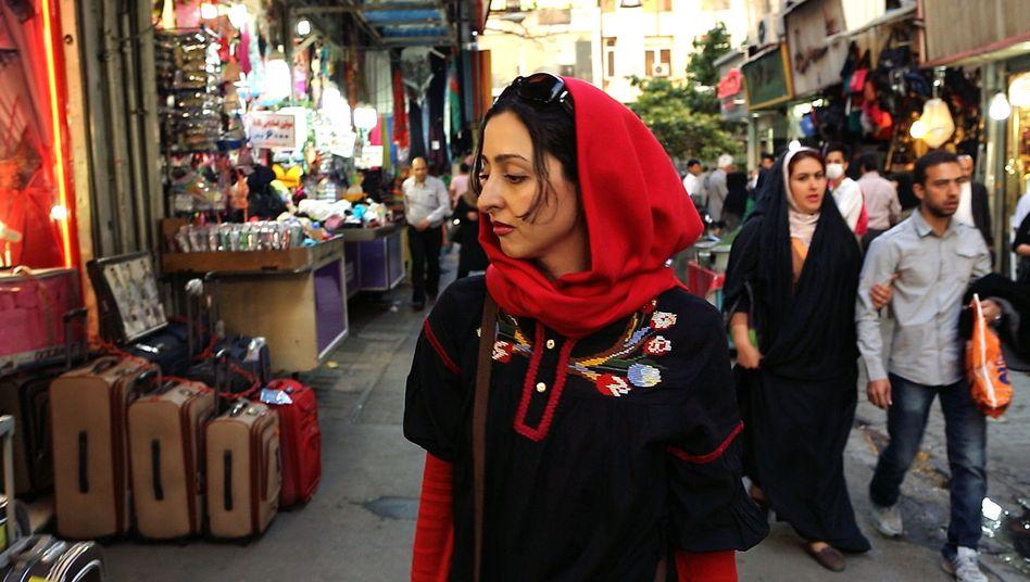 """Singverbot in Iran: """"Um gegen ein Tabu zu kämpfen, muss man Geduld und Mut haben"""""""