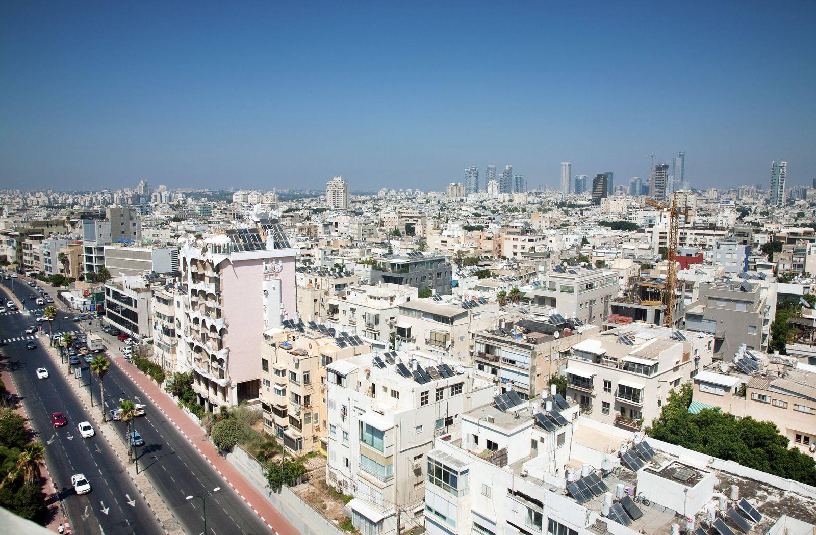 Hayarkon Street Tel Aviv City Centre Tel Aviv Israel Middle East PUBLICATIONxINxGERxSUIxAUTxONLY